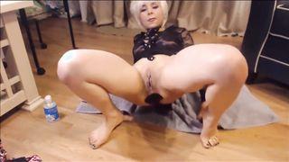 Nagymama anál pornó