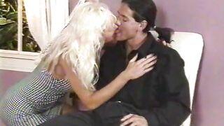 Iroda szex pornó
